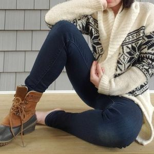 GAP sweater, size small.
